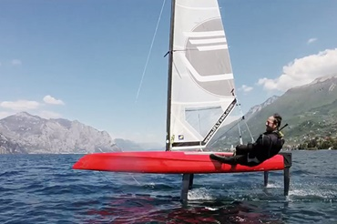 Sports catamaran on the water with numerous iglidur® components